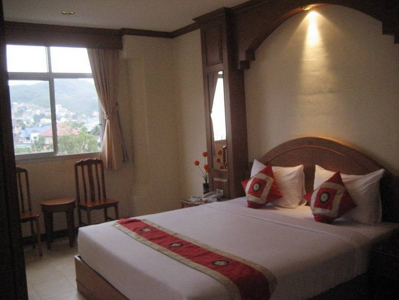 Siam Hotel, Patong Beach, Thailand, find adventures nearby or in faraway places, book your hostel now in Patong Beach