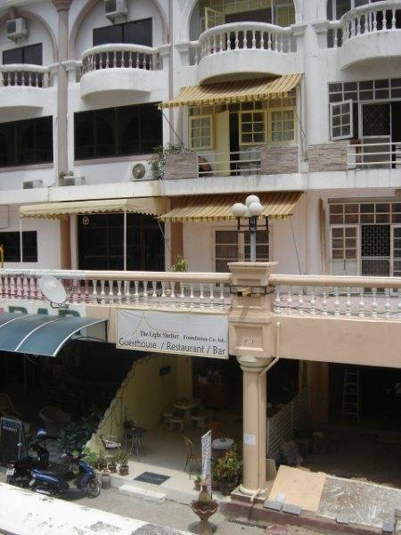 The Light Shelter Guesthouse, Jomtien, Thailand, how to select a hostel in Jomtien