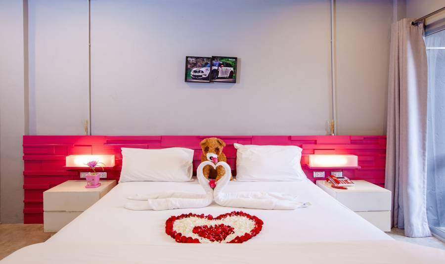 The Oddy Hip Hotel, Patong Beach, Thailand, hostel reviews and price comparison in Patong Beach