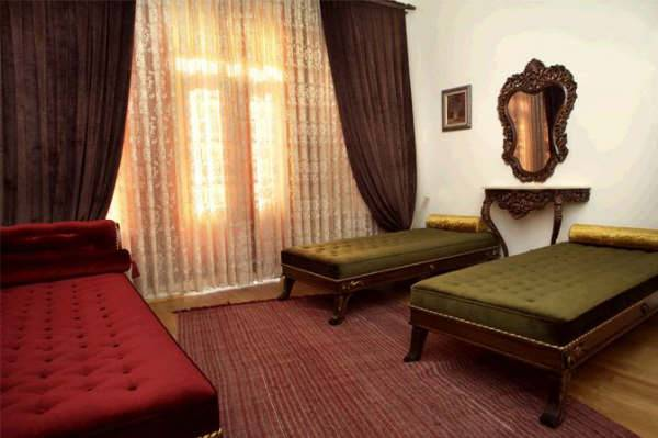 Chambers of the Boheme, Istanbul, Turkey, late bed & breakfast check in available in Istanbul
