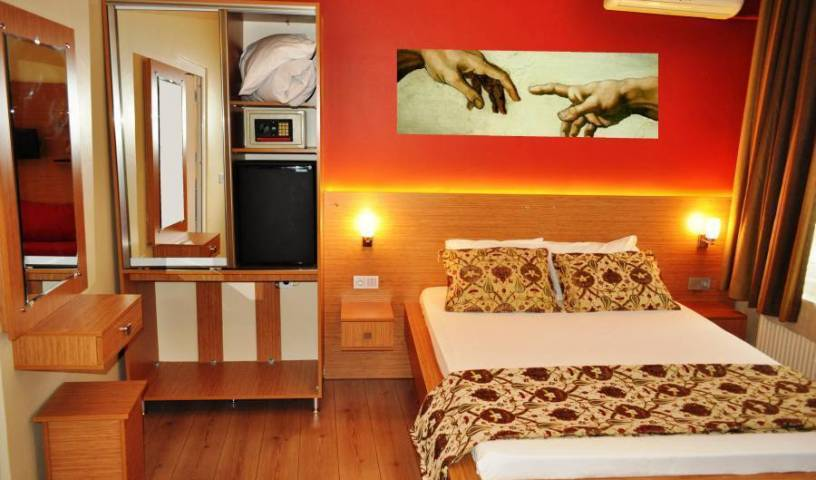 Antique Hostel - Search available rooms and beds for hostel and hotel reservations in Istanbul, hostels, special offers, packages, specials, and weekend breaks 22 photos