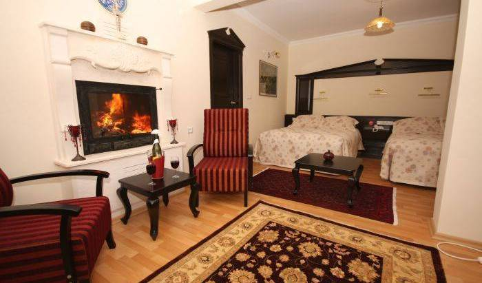 Jimmy's Place Hotel -  Selcuk, best price guarantee for bed & breakfasts 5 photos