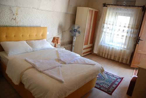 Falcon Cave Suites, Nevsehir, Turkey, bed & breakfasts near the museum and other points of interest in Nevsehir