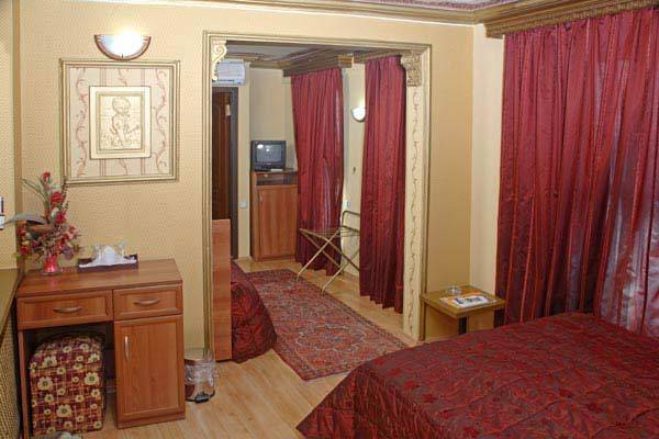 Hotel Ishak Pasa Konagi, Istanbul, Turkey, hostels and rooms with views in Istanbul