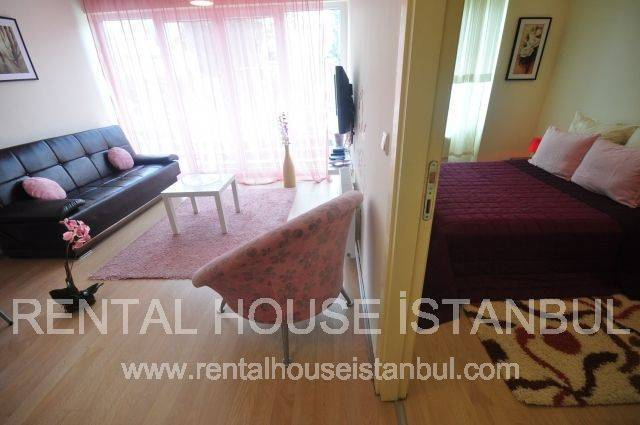 Rental House Istanbul Halkali 2, Istanbul, Turkey, how to find affordable travel deals and hostels in Istanbul