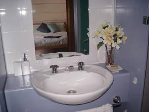 Bwindi  Inn, Entebbe, Uganda, Uganda ベッド&ブレックファストやホテル