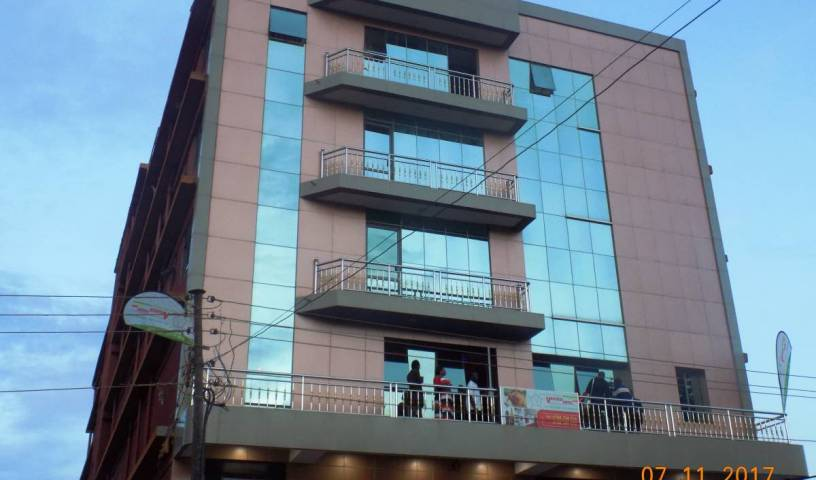 Vaperse Hotel - Get cheap hostel rates and check availability in Kampala 6 photos