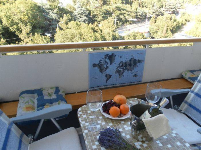 Bed and Breakfast, Yalta, Ukraine, discount holidays in Yalta