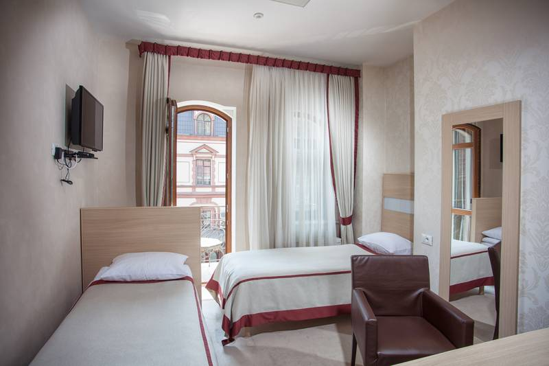 Boutique Hotel Palais Royal, Odesa, Ukraine, hostel bookings at last minute in Odesa