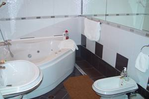 Perlyna Dnipra Floatel, Kiev, Ukraine, book hostels and backpackers now with IWBmob in Kiev