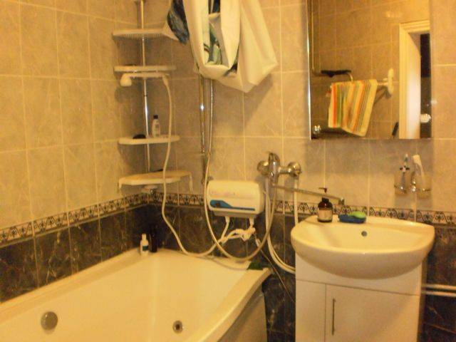 Poznyaky Apartment, Kiev, Ukraine, hipster hostels, cheap hotels and B&Bs in Kiev