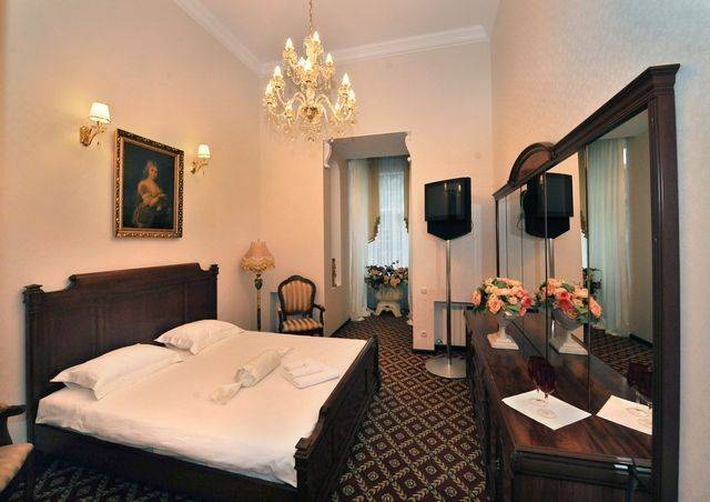 Queen Valery Hotel, Odesa, Ukraine, UPDATED 2018 compare prices for hostels, then book with confidence in Odesa