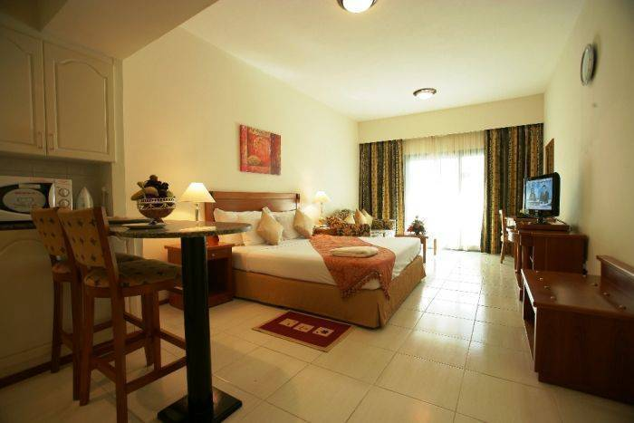 Savoy Park Hotel Apartments, Dubai, United Arab Emirates, find cheap bed & breakfast deals and discounts in Dubai