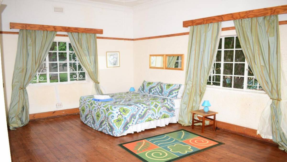Breeze Guest House, Bulawayo, Zimbabwe, what is a youth hostel? Ask us and book now in Bulawayo