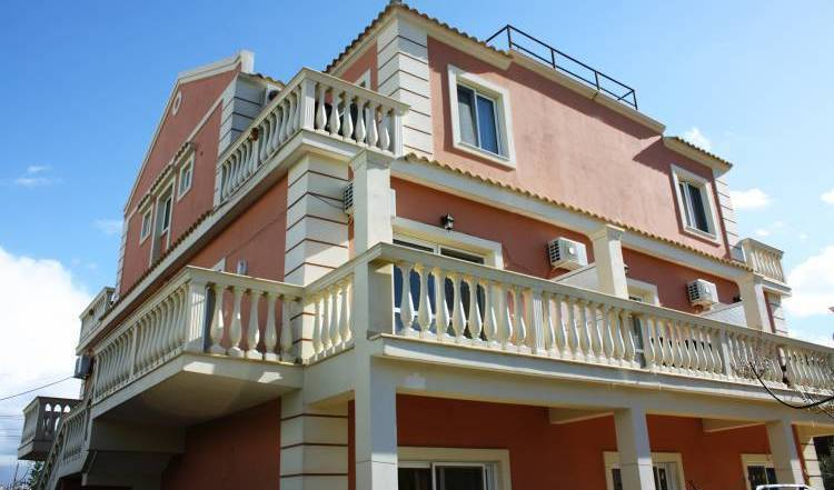 Villa Soanna - Search available rooms and beds for hostel and hotel reservations in Ksamil 17 photos