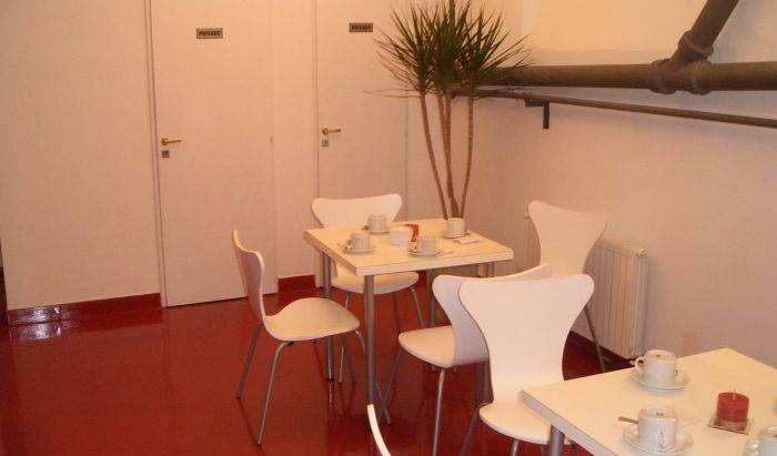 Bien Al Sur Bed And Breakfast - Search for free rooms and guaranteed low rates in Buenos Aires 1 photo