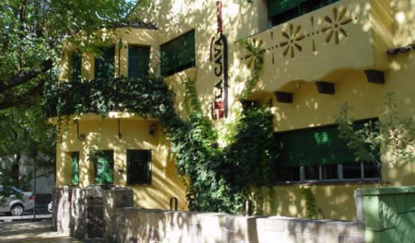 La Cava Hostel - Search for free rooms and guaranteed low rates in Mendoza 5 photos