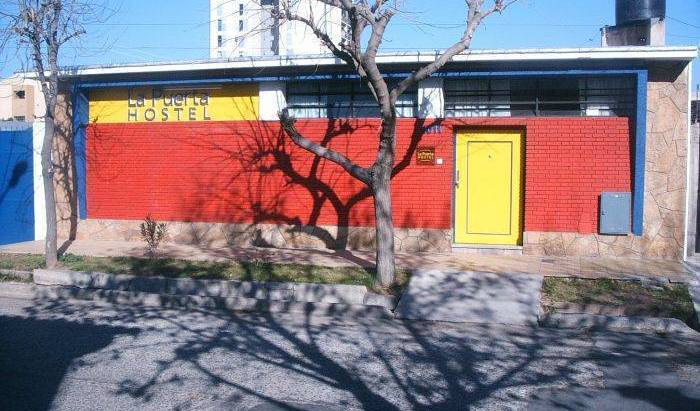 La Puerta Hostel - Search for free rooms and guaranteed low rates in Mendoza 20 photos