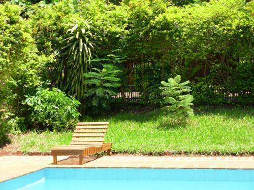 Residencial Uno, Puerto Iguazu, Argentina, hostels, special offers, packages, specials, and weekend breaks in Puerto Iguazu