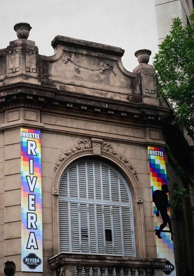 Rivera Hostel Cordoba, Cordoba, Argentina, löytää diilit ja aito up happy sisään Cordoba