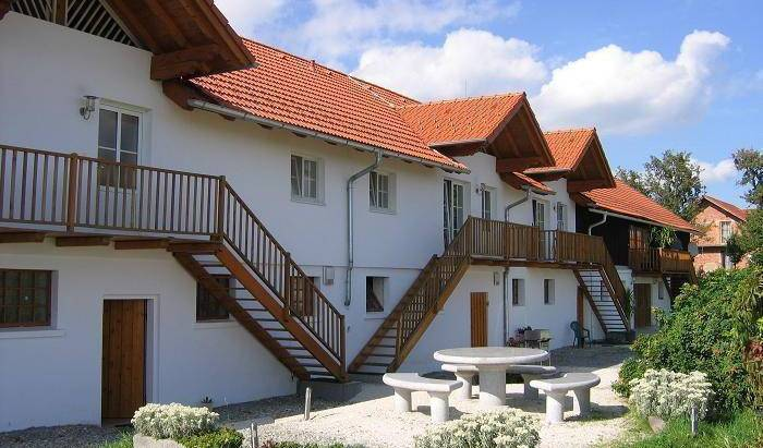 Geinberg Suites and Via Nova Center - Get cheap hostel rates and check availability in Polling im Innkreis 10 photos