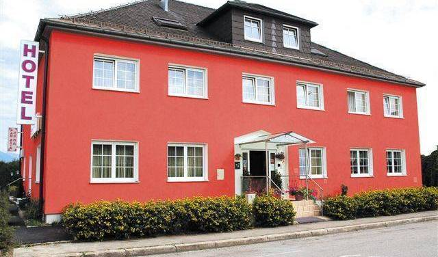 Hotel Lilienhof, romantic hostels and destinations 7 photos
