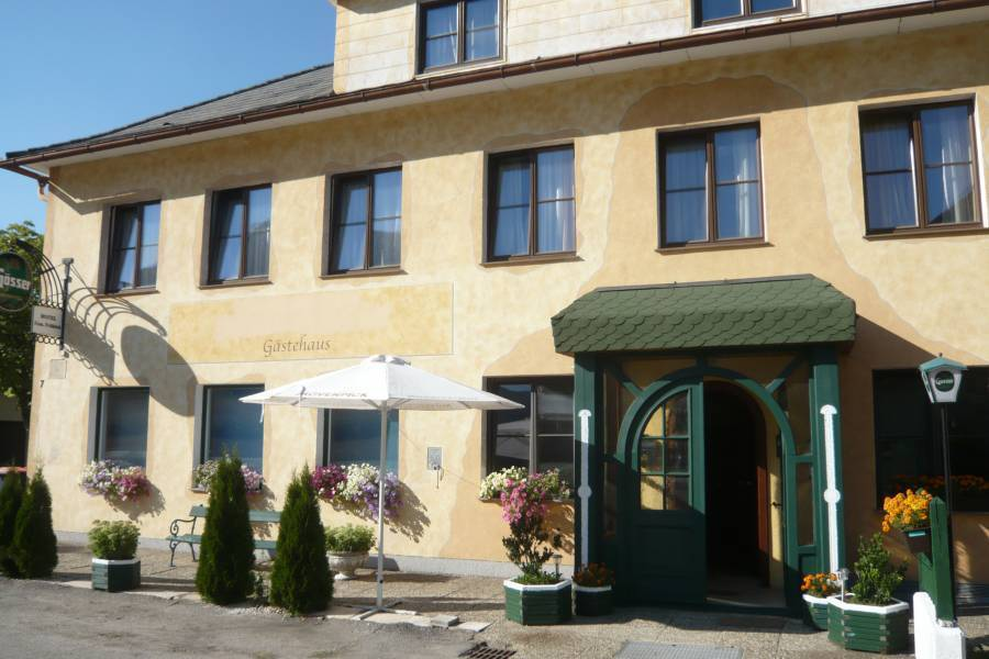 Hotel Alter Postmeister, Laimbach am Ostrong, Austria, Austria hostels and hotels