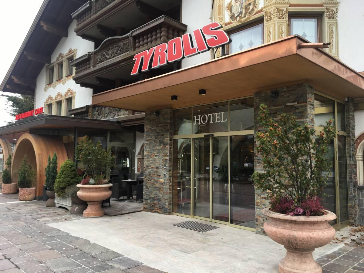 Hotel Tyrolis, Zirl, Austria, explore things to do in Zirl