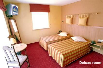 Best Western New Hotel De Lives, Lives-sur-Meuse, Belgium, Schronisk młodzieżowych i turystów pieszo do mieszania się z mieszkańcami w Lives-sur-Meuse