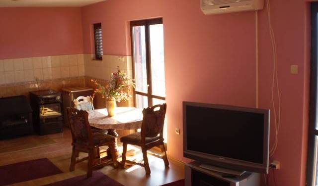 Apartmani Vukoje - Search available rooms and beds for hostel and hotel reservations in Trebinje 9 photos