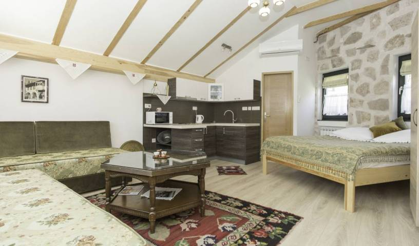 Guest House Kandilj - Get cheap hostel rates and check availability in Sarajevo, easy travel in Federation of Bosnia and Herzegovina, Bosnia and Herzegovina 14 photos