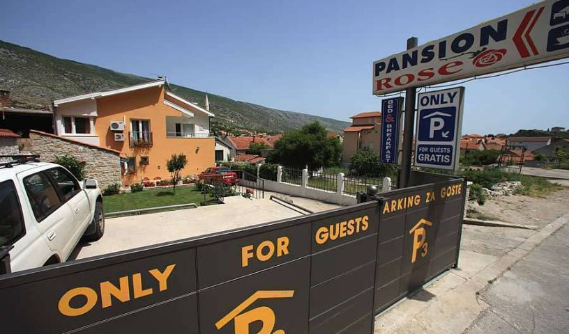 Pansion Rose, Blagaj, Bosnia and Herzegovina bed and breakfasts and hotels 5 photos