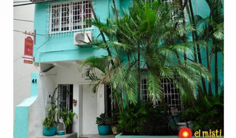 El Misti Rooms - Get cheap hostel rates and check availability in Rio de Janeiro 6 photos