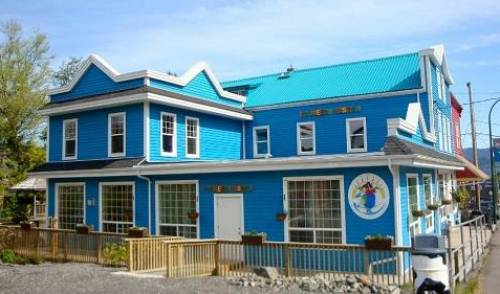 Pioneer Backpackers Inn - Search available rooms and beds for hostel and hotel reservations in Prince Rupert, holiday vacations, book a hostel 10 photos