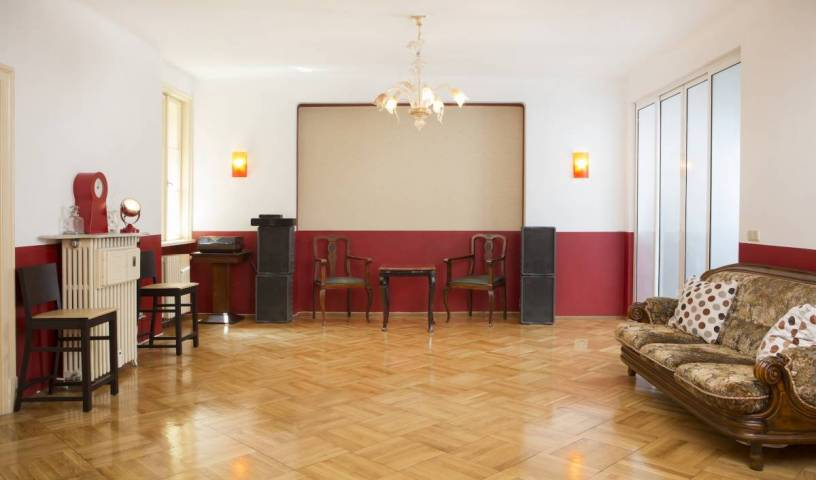 Red Bed and Breakfast - Search for free rooms and guaranteed low rates in Sofia 19 photos