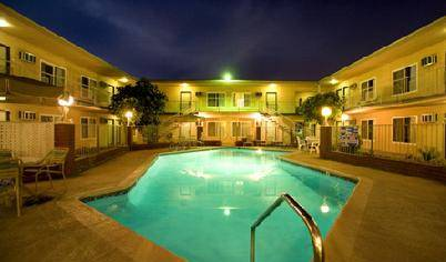 AAE Anaheim Americas Best - Search available rooms and beds for hostel and hotel reservations in Anaheim 5 photos