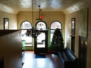 Traveler's Hotel, Salinas, California, how to spend a holiday vacation in a hostel in Salinas