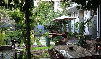 Frangipani Villa - Search for free rooms and guaranteed low rates in Phnom Penh 6 photos