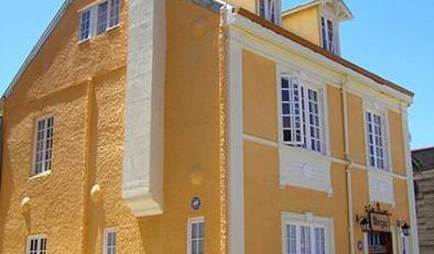 Hostal Morgan Bed and Breakfast - Search for free rooms and guaranteed low rates in Valparaiso 7 photos