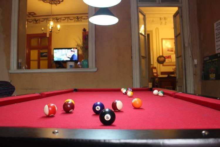 La Casa Roja Hostel, Santiago, Chile, hostel bookings for special events in Santiago