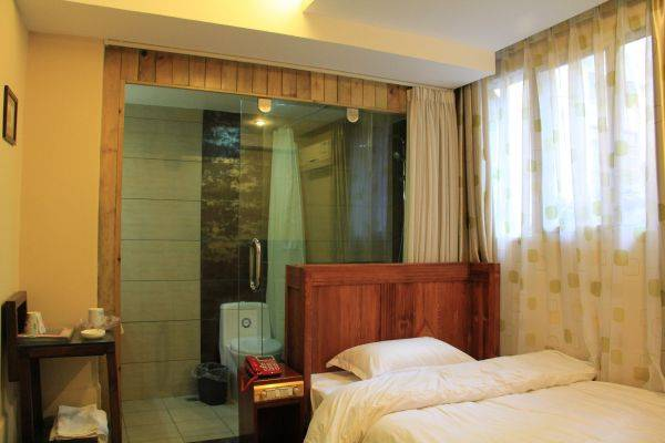Harmony Gusthouse, Dali, China, HostelTraveler.com receives top ratings from customers and hostels as a trustworthy and reliable travel booking site in Dali