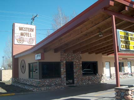 Western Motel, Gunnison, Colorado, youth hotels and cheap bed & breakfasts, stay close to what you want to see and do in Gunnison
