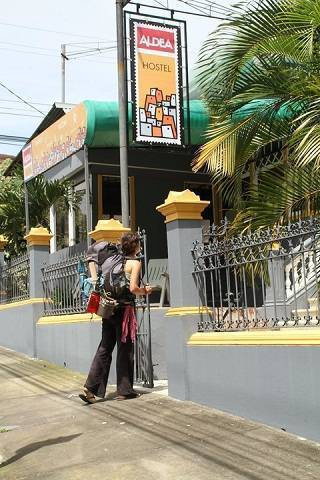 Aldea Hostel, San Jose, Costa Rica, get travel routes and how to get there in San Jose