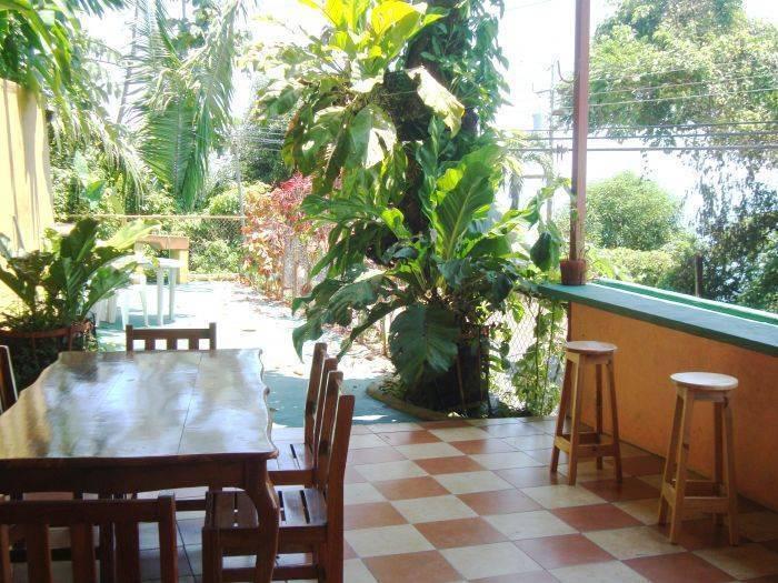 El Baile de la Iguana, Manuel Antonio, Costa Rica, Costa Rica hostels and hotels