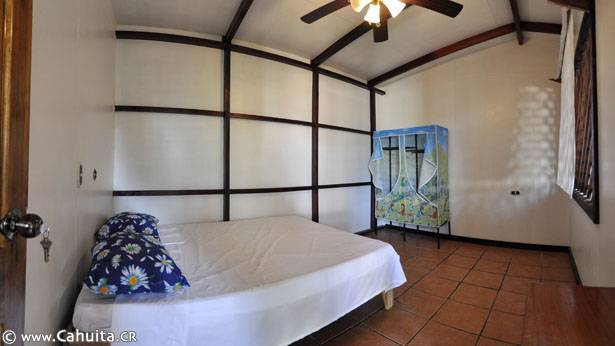 Shangri La Hostel, Cahuita, Costa Rica, hostels with free wifi and cable tv in Cahuita