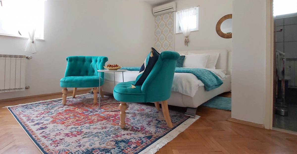 Adria Apartments, Dubrovnik, Croatia, find the lowest price for hostels, hotels or bed and breakfasts in Dubrovnik