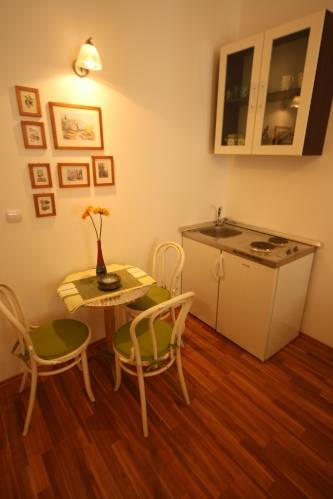 Apartment Marin, Split, Croatia, explore things to see, reserve a hostel now in Split