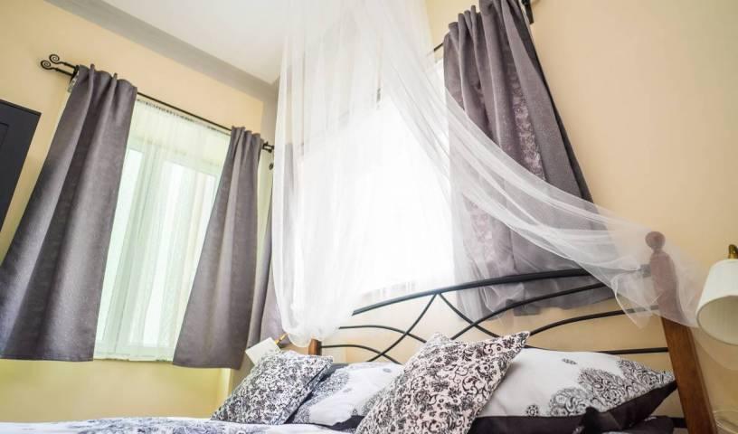 Hostel Kings N'Queens 33 photos