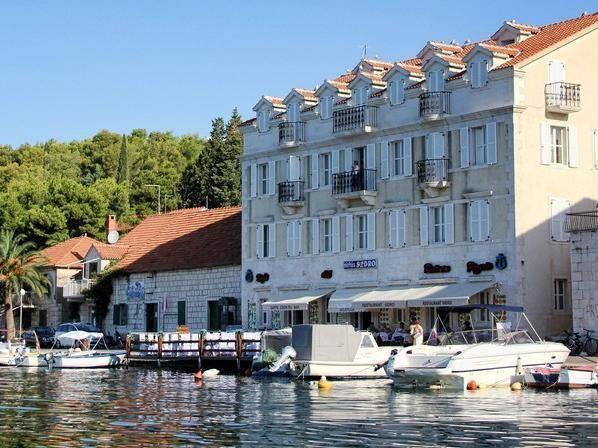 Hotel Sidro Milna, City of Milna, Croatia, how to rent an apartment or apartbed & breakfast in City of Milna