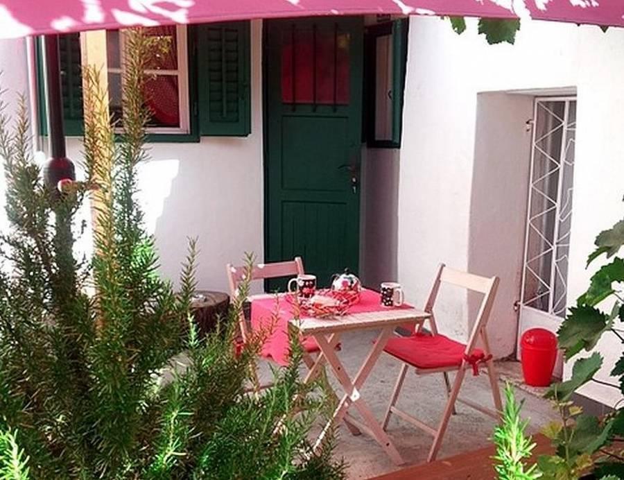 Studio Apartman Dama, Split, Croatia, Croatia giường ngủ và bữa ăn sáng và khách sạn